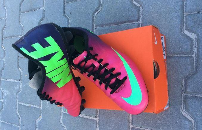 02334b124 Prodám kopačky Nike, v záruce do 04/2015, cena 500Kč