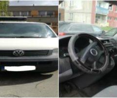 Do 31.5.2017 Výběrové řízení na prodej automobilu VW T5 Transporter Furgon. Minimální kupní cena 60.000 Kč.