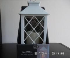 14.6.2017 Dražba dekorace – lucerny. Vyvolávací cena 100 Kč.