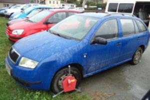 21.9.2017 Dražba automobilu Škoda Fabia. Vyvolávací cena 15.000 Kč.