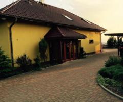 6.9.2017 Aukce rodinného domu, okres Rychnov nad Kněžnou. Vyvolávací cena 5.900.000 Kč.