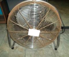 11.12.2017 Dražba ventilátoru. Vyvolávací cena 50 Kč.