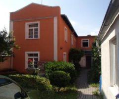 21.12.2017  Dražba / prodej domu. Tato nemovitost leží v okrese Teplice. Vyvolávací nebo kupní cena 272 000 Kč