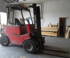 10.1.2018 Dražba vysokozdvižného vozíku Desta. Vyvolávací cena 70.000 Kč.