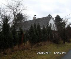 17.1.2017 Dražba rodinného domu s pozemky, okres Bruntál. Vyvolávací cena 390.000 Kč.
