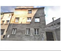 09.03.2018  Dražba / prodej domu. Tato nemovitost leží v okrese Olomouc. Vyvolávací nebo kupní cena 420 000 Kč