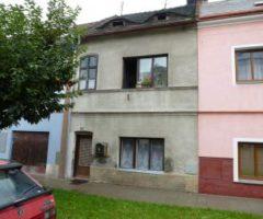 22.02.2018  Dražba / prodej domu. Tato nemovitost leží v okrese Teplice. Vyvolávací nebo kupní cena 42 000 Kč