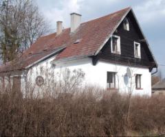 24.4.2018 Dražba rodinného domu, okres Olomouc. Vyvolávací cena 435.000 Kč.