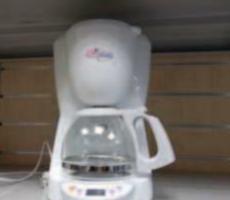 26.4.2018 Dražba kávovaru Delonghi. Vyvolávací cena 167 Kč.
