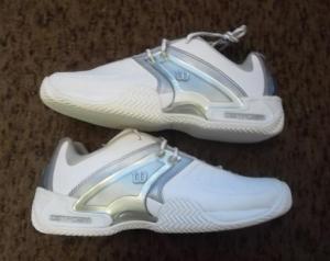 18.5.2018 Dražba tenisové obuvi Wilson. Vyvolávací cena 400 Kč.