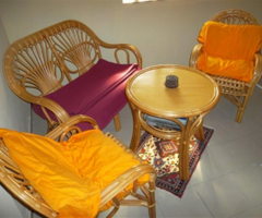 15.5.2018 Dražba souboru ratanového nábytku. Vyvolávací cena 800 Kč.