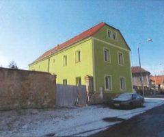 16.05.2018  Dražba / prodej domu. Tato nemovitost leží v okrese Teplice. Vyvolávací nebo kupní cena 1 845 000 Kč