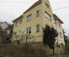 13.06.2018  Dražba / prodej bytu. Tato nemovitost leží v okrese Zlín. Vyvolávací nebo kupní cena 1 190 000 Kč