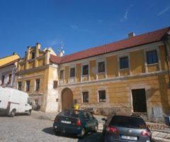 07.06.2018  Dražba / prodej domu. Tato nemovitost leží v okrese Prachatice. Vyvolávací nebo kupní cena 3 060 440 Kč