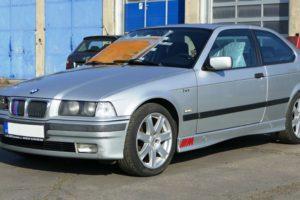 Aukce automobilu BMW 316 I3/CG. Vyvolávací cena 11.000 Kč.