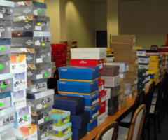 29.5.2018 Dražba souboru movitých věcí – obuv. Vyvolávací cena 83.990 Kč.