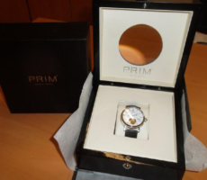 20.6.2018 Dražba pánských hodinek Prim T.G.M.. Vyvolávací cena 50.000 Kč.