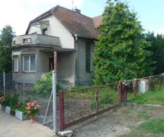 25.7.2018 Dražba rodinného domu, okres Kroměříž. Vyvolávací cena 750.000 Kč.