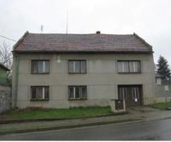 19.7.2018 Dražba rodinného domu, okres Prostějov. Vyvolávací cena 285.000 Kč.