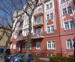 25.07.2018  Dražba / prodej bytu. Tato nemovitost leží v okrese Karlovy Vary. Vyvolávací nebo kupní cena 2.700.000 Kč
