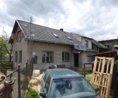 22.08.2018  Dražba / prodej domu. Tato nemovitost leží v okrese Pelhřimov. Vyvolávací nebo kupní cena 134.667 Kč