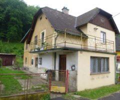 22.08.2018  Dražba / prodej domu. Tato nemovitost leží v okrese Děčín. Vyvolávací nebo kupní cena 233.333 Kč