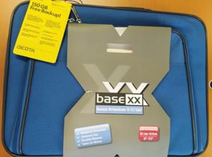 11.9.2018 Dražba brašny na notebook Base XX  - 50 kusů. Vyvolávací cena 4.500 Kč.