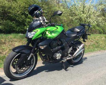 Do 16.9.2018  Aukce motocyklu Kawasaki Z 1000. Vyvolávací cena 99 000 Kč