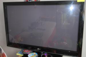 23.10.2018 Dražba televizoru LG. Vyvolávací cena 500 Kč.