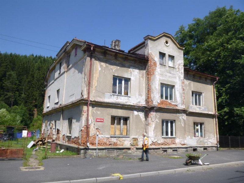 15.11.2018  Dražba domu. Tato nemovitost leží v okrese Sokolov. Vyvolávací cena 526.667 Kč