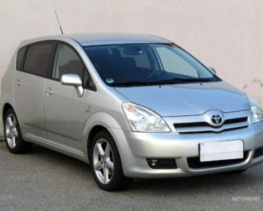 Soukromý prodej auta Toyota Corolla Verso rok 2006 - 124000 Kč, prodej i na splátky.
