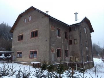 07.12.2018  Dražba domu. Tato nemovitost leží v okrese Bruntál. Vyvolávací cena 907 677 Kč