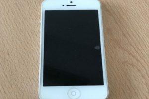 5.12.2018 Dražba Mobilního telefonu APPLE iPhone 5S, vyv. cena 600 Kč. Zapojte se do války skladů českých úřadů.