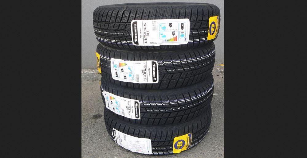 4.12.2018 Dražba sady 4 kusů pneu BARUM POLARIS 5 175/70R14 XL 88T. Vyvolávací cena 600 Kč.