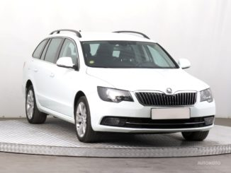 Soukromý prodej auta Škoda Superb rok 2014 - 316000 Kč, prodej i na splátky.