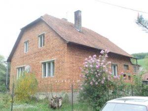 15.11.2018  Dražba domu. Tato nemovitost leží v okrese Zlín. Vyvolávací cena 166 700 Kč
