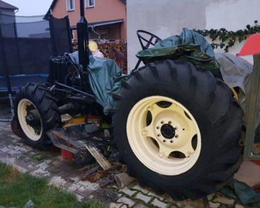 15.2.2019 Dražba traktoru Zetor ZKL 6745 s příslušenstvím. Vyvolávací cena 70.000 Kč.