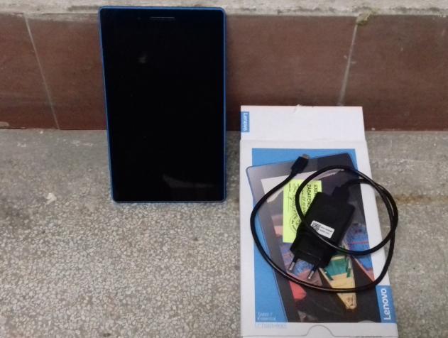30.1.2019 Dražba tabletu Lenovo. Vyvolávací cena 700 Kč.