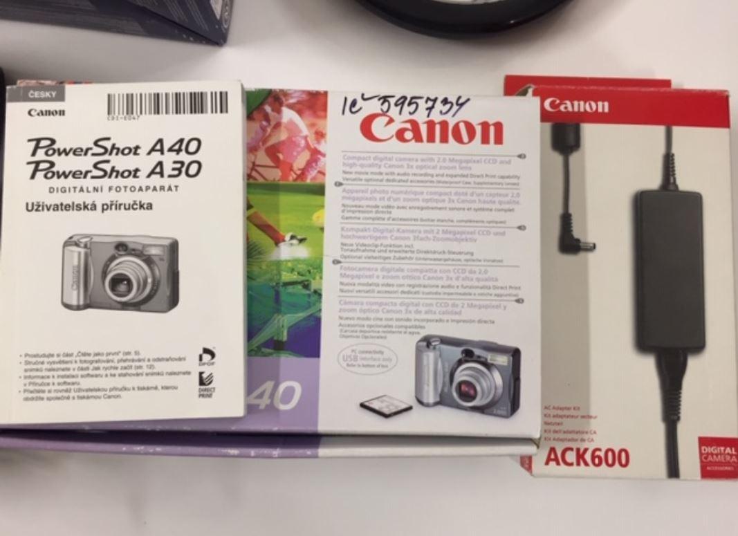 Do 21.1.2019 Výběrové řízení na prodej  (Digitální fotoaparát Canon). Min. kupní cena 1.200 Kč, ID438914