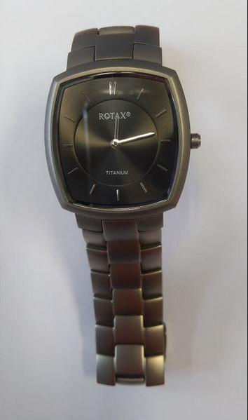 daccc571749 20.3.2019 Dražba pánských náramkových hodinek zn. ROTAX TITANUM. Vyvolávací  cena 300 Kč. Další informace naleznete v popisu dražby níže.