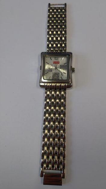 c4008b65df3 20.3.2019 Dražba pánských náramkových hodinek zn. HERO BY WRANGLER.  Vyvolávací cena 100 Kč. Další informace naleznete v popisu dražby níže.