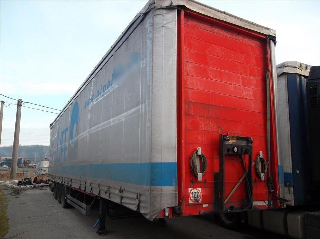 23.5.2019 Dražba automobilu SCHWARZMÜLLER SPA, návěs nákladní valníkový. Vyvolávací cena 22.000 Kč.