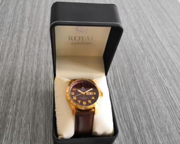 11.7.2019 Dražba pánských hodinek Royal London - vodotěsné. Vyvolávací cena 1.100 Kč.