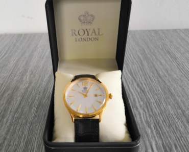 11.7.2019 Dražba zlacených hodinek Royal London. Vyvolávací cena 1.000 Kč.