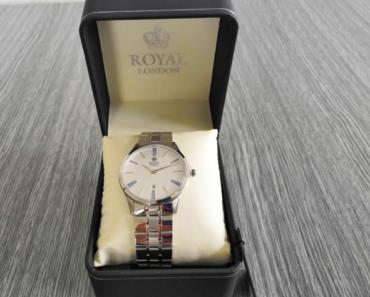 11.7.2019 Dražba vlhkotěsných hodinek Royal London. Vyvolávací cena 1.200 Kč.