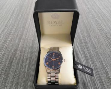 11.7.2019 Dražba hodinek Royal London v nerezovém pouzdře. Vyvolávací cena 1.000 Kč.