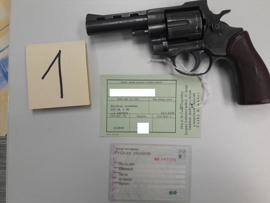 Revolver ARMINIUS Archivy - Zisková dražba