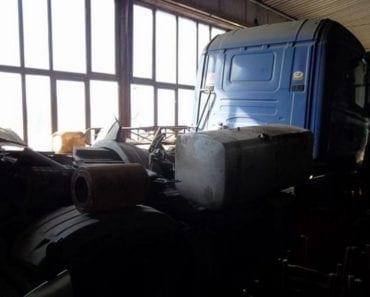 15.8.2019 Dražba nákladního automobilu tahač návěsů SCANIA. Vyvolávací cena 5.000 Kč, ➡️ ID607026