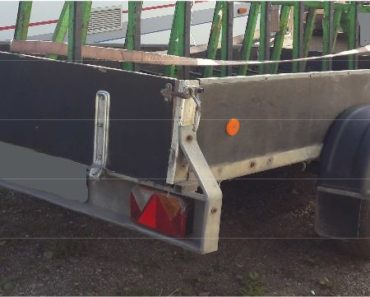 31.7.2019 Dražba vozíku Přívěsný vozík Agados NP. Vyvolávací cena 7.000 Kč, ➡️ ID594743