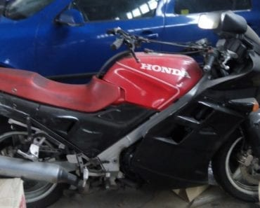 Do 28.8.2019 9:00 Dražba motocyklu Motocykl Honda. Vyvolávací cena 4.167 Kč, ➡️ ID600037
